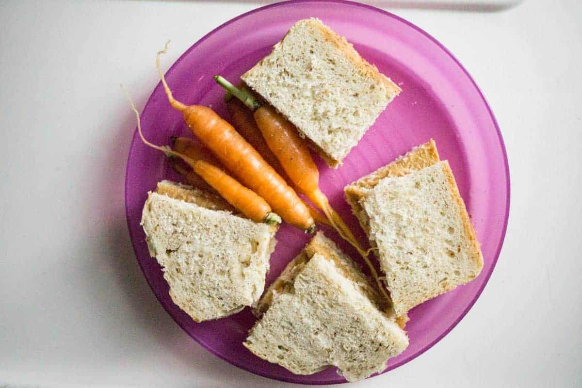 PB Sandwich with carrots