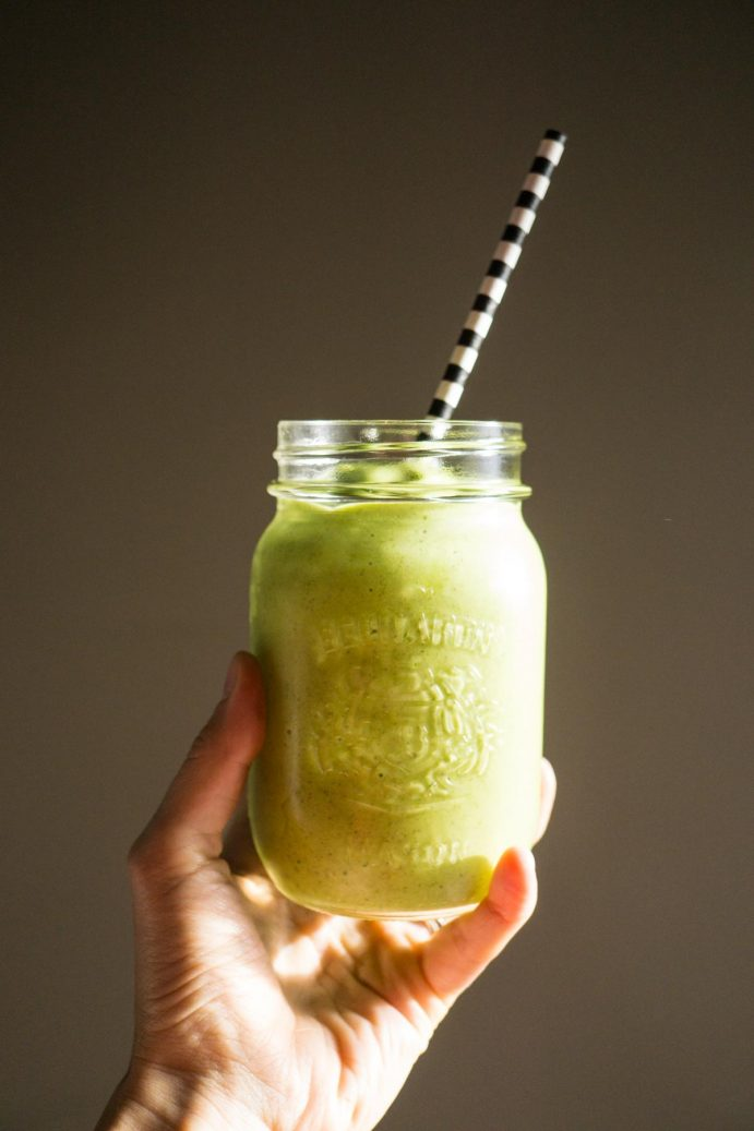 Tropical Green Smoothie (5 of 19)
