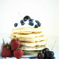 Sourdough Pancakes (the fluffiest pancakes ever)