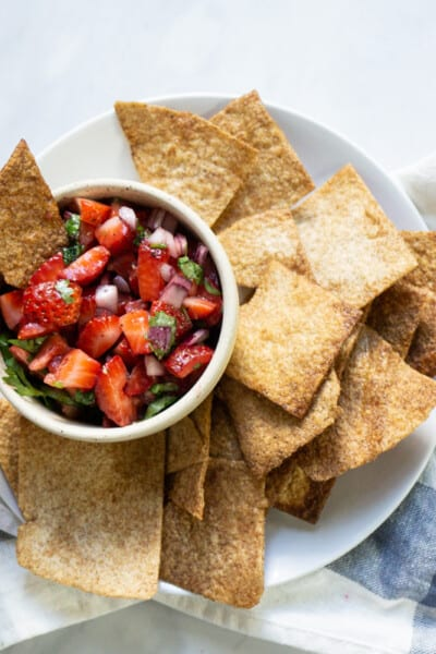 strawberry salsa with cinnamon chips